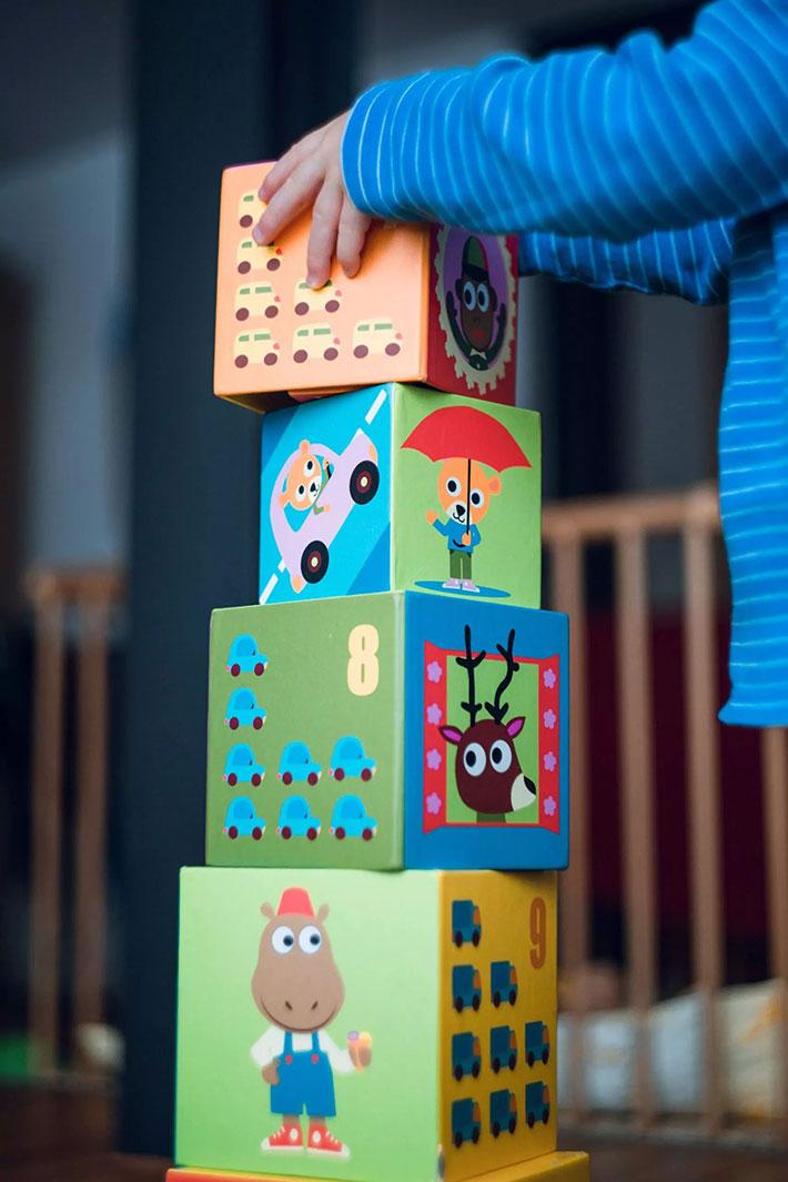 Child stacking bolcks